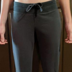 Old Navy Capri Sweat Pants